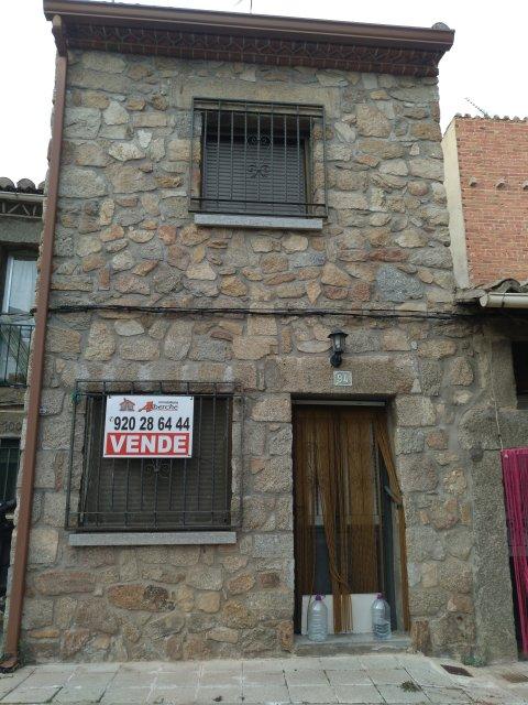 Venta de casa 2 plantas reformada Navaluenga
